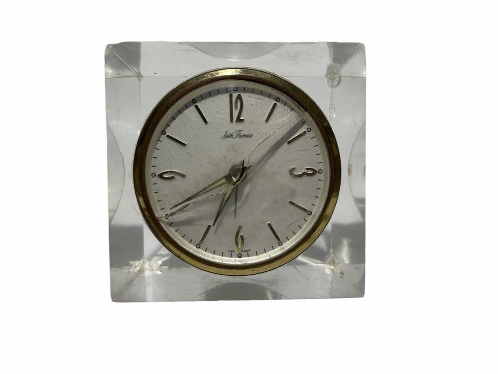 clock 44